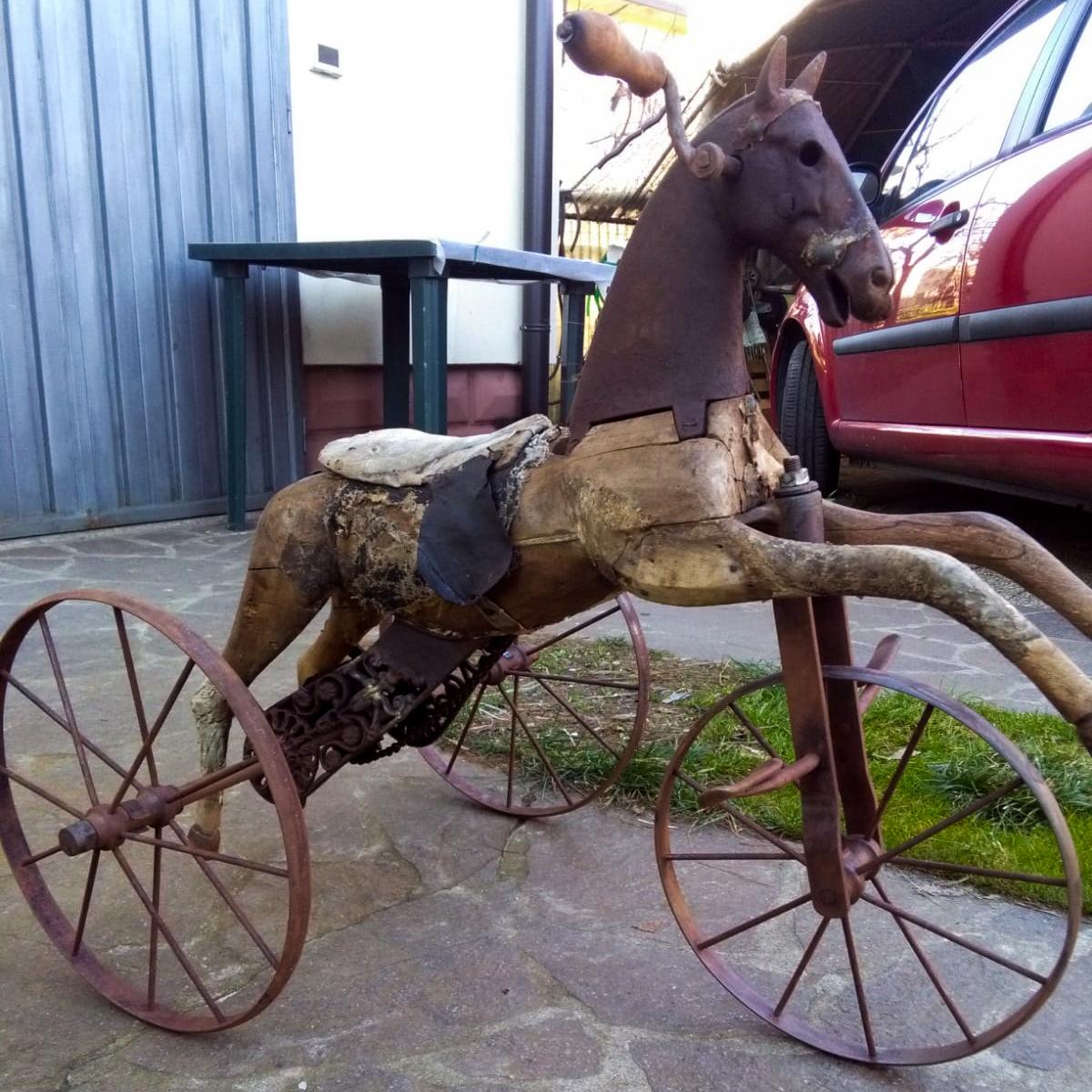 Napoleone III – Cavallo Triciclo